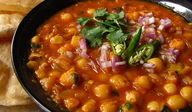 Easy Chana Masala Recipe, How to make chana masala (Video)