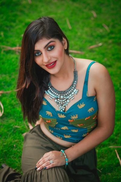 Actress Yashika Anand Latest Stills  Chennaionline-2520
