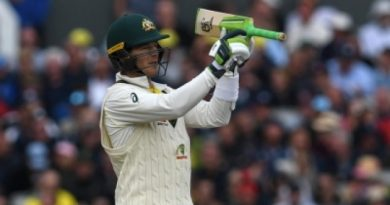 Paine played with a broken thumb in 5th Ashes Test