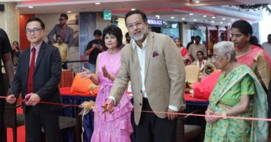 Christmas celebrations at Express Avenue held with great fanfare