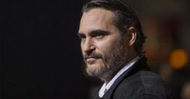 "Joaquin Phoenix shooting for Mike Mills"" film in extreme cold"