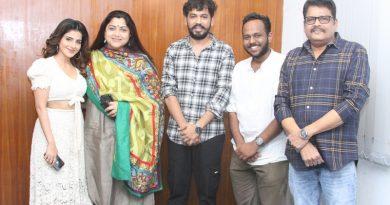 Naan Sirithaal Success Meet Stills