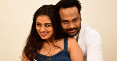 Thatpam Thavir Movie Stills