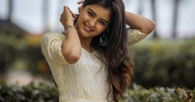 Actress Amritha Iyyer Latest Stills