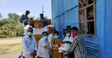 Actor Poochi Murugan Donated Groceries for Nadigar Sangam Members Stills